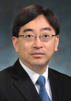 Official Photo Dr. Ko Wing-man_resize